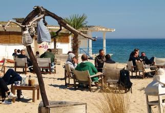 Grecia va primi turişti din România, Bulgaria şi statele UE cu un profil epidemiologic similar cu cel al Greciei