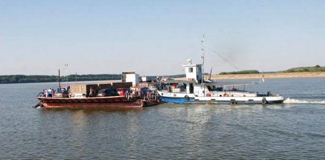 Cursele navale Tulcea-Sulina sunt zilnice, începând de vineri / Foto: Oana Pavelescu
