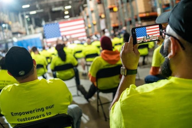 Numărul șomerilor din SUA la cel mai ridicat nivel de la del ce-Al Doilea Război Mondial