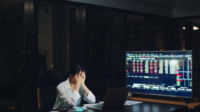 În martie, pieţele bursiere au înregistrat scăderi record