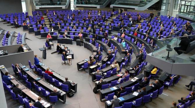 Politicienii germani s-au adresat colegilor lor americani