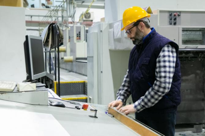 Angajații trebuie să respecte noi reguli în perioada stării de alertă