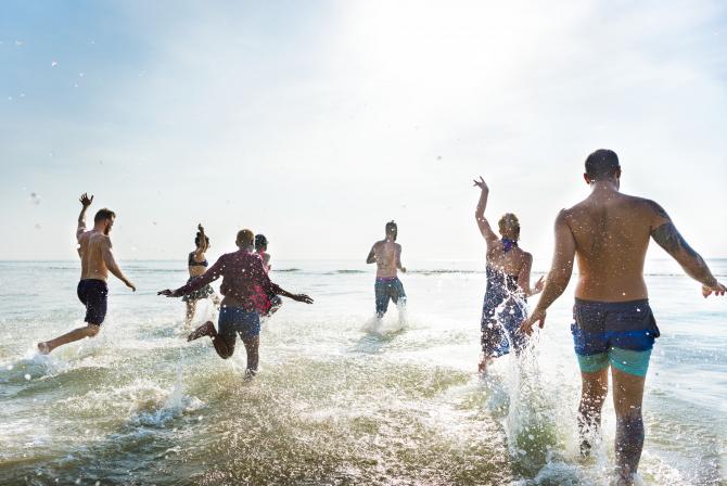 Putem merge la plajă dar trebuie respectate mai multe reguli