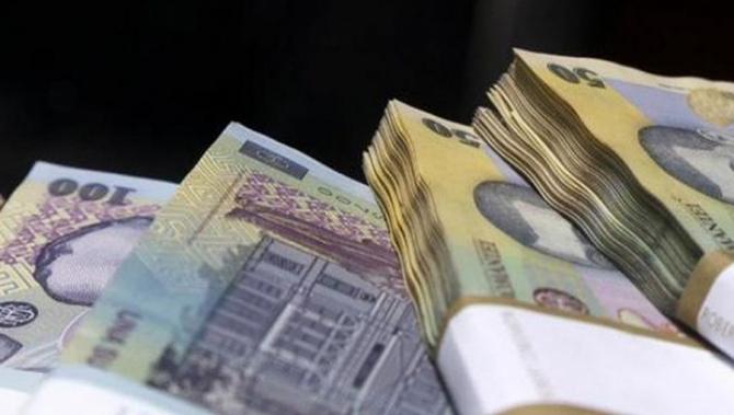 Comisia Europeană: Contracția economiei românești în 2020 va fi de 5,2