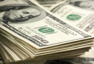 România a atras 3,3 miliarde de dolari americani de pe pieţele externe de capital