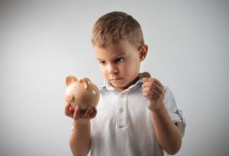 Adrian Câciu, a explicat astăzi, de ziua copilului, că există bani pentru dublarea alocațiilor