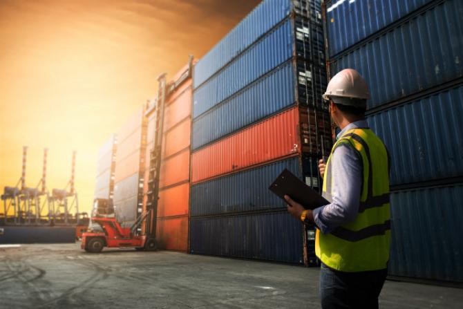 Marea Britanie: Exporturile către Uniunea Europeană s-au PRĂBUȘIT