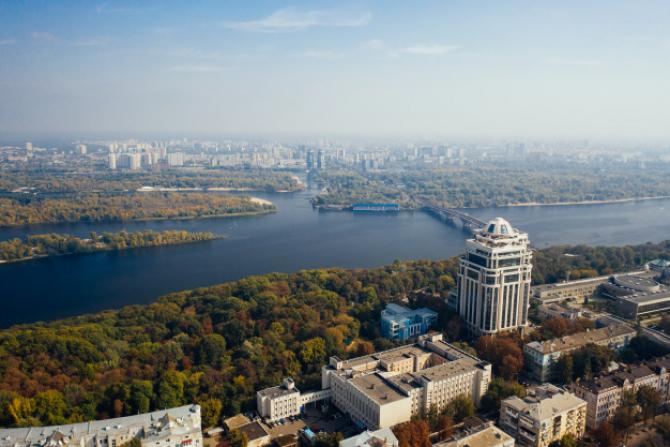 Ucraina a anunţat sâmbătă redeschiderea frontierelor pentru cetăţenii străini, după trei luni de interdicţie din cauza coronavirusului, transmite dpa.