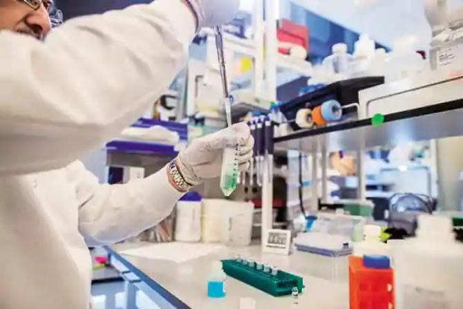 UN producărot indian intră in cursa pentru obținere unui nou medicament