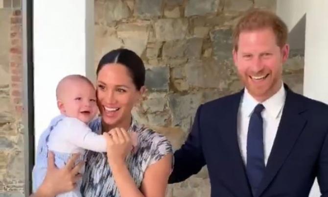 Meghan Markle, prințul Harry și fiul lor Archie
