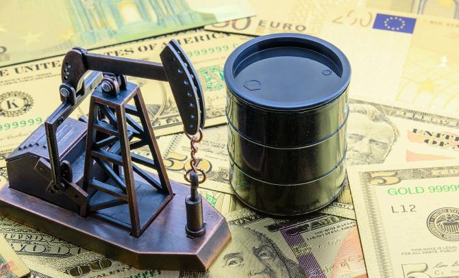 Contractele pentru petrolul Brent au atins pentru o scurtă perioadă și cotația de 71,38 de dolari pe baril, în ultima săptămână prețul țițeiului crescând cu peste 10%.