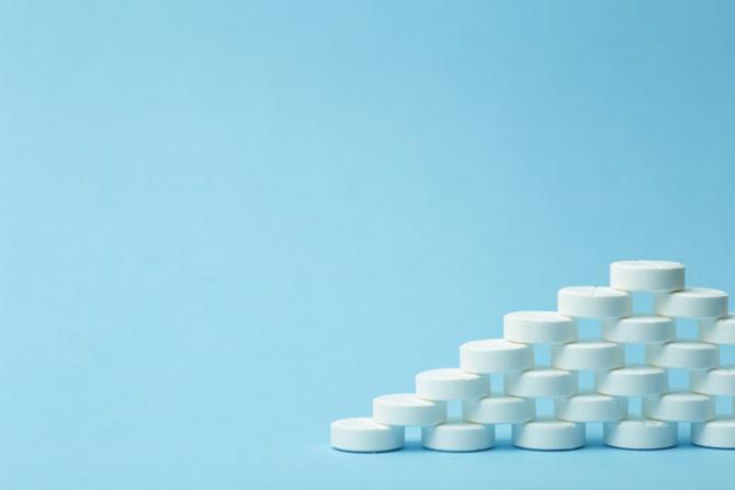 Franţa a decis să-şi readucă pe teritoriul naţional producţia unei serii de medicamente