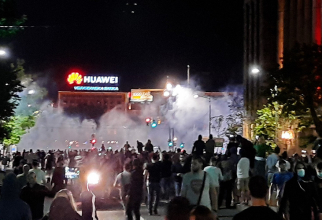 Violențe la Belgrad din cauza reintrării în carantină