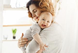 Femeile au dreptul la concediu și indemnizație de maternitate