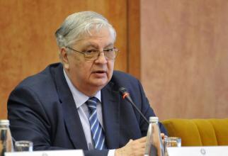Profesorul Mircea Coșea explică ultimele evoluții