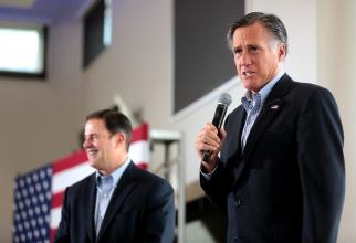 Mitt Romney îl acuză de corupție pe Donald Trump