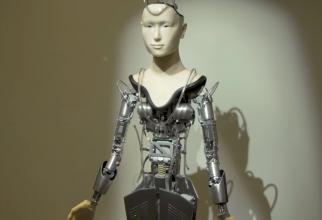 Roboții sunt acum PREOȚI! Religiile evoluează în întreaga lume