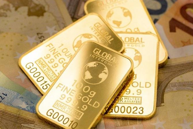 Evoluția aurului, afectată de evoluția pandemiei