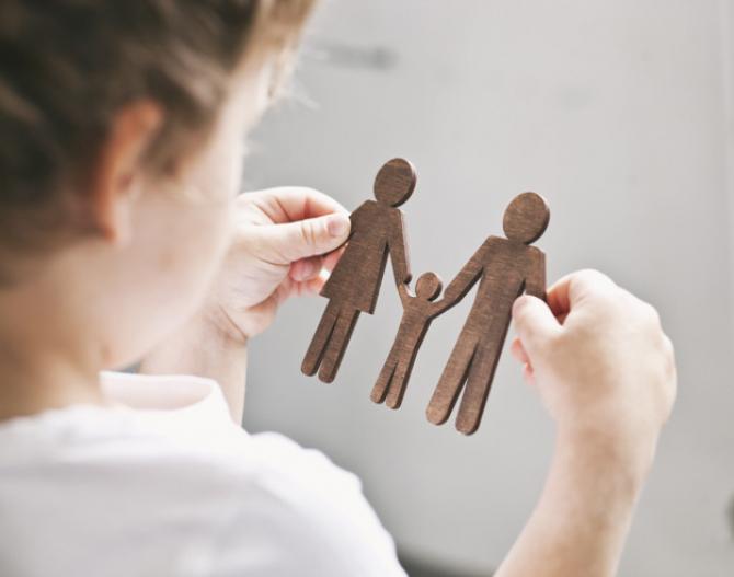 Autorităţile pot prelua copiii, la cererea părinţilor, în situaţii de risc epidemiologic