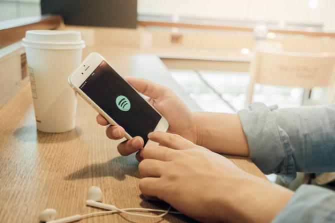 COVID-19: Spotify a ajuns la 138 de milioane de abonați