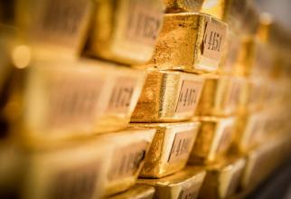 Prețul aurului pierde teren
