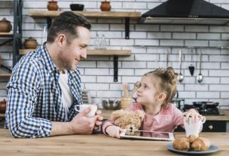 Părinții vor beneficia de zile libere plătite