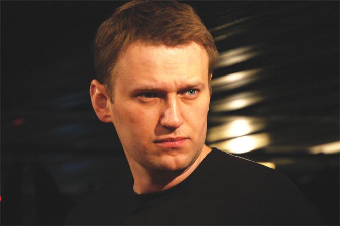 Aleksei Navalnîi se poate ridica din pat