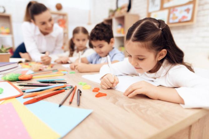 Consiliul Naţional al Elevilor: Vom solicita AMÂNAREA începerii anul şcolar