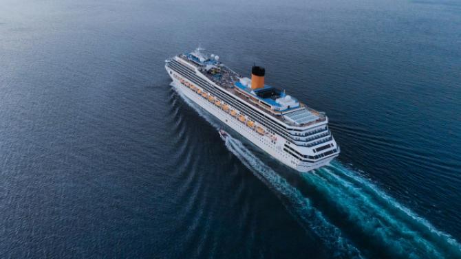 Nave de croazieră noi în valoare de miliarde de dolari NU au unde să meargă