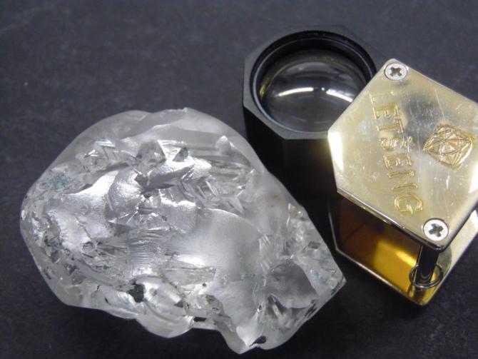 Diamantul scos la lumina zilei din mina Letseng