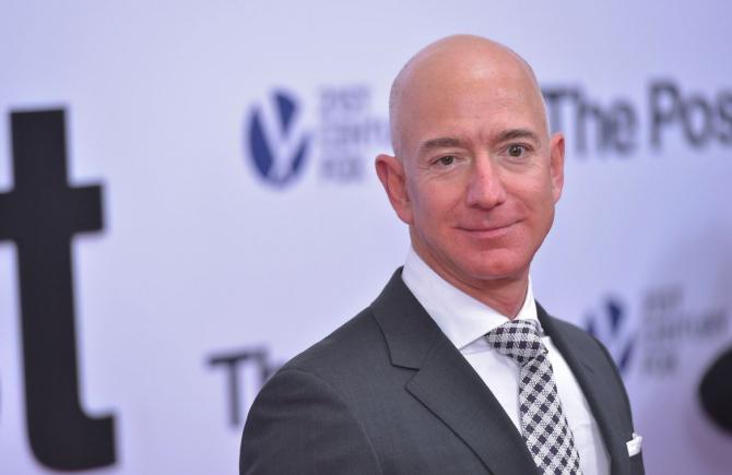 Bezos a stabilit, în ultimul timp, record dupa record