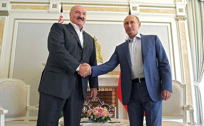 Alexandr Lukasenko primește sprijinul cerul de la Vladimir Putin / Foto: kremlin.ru