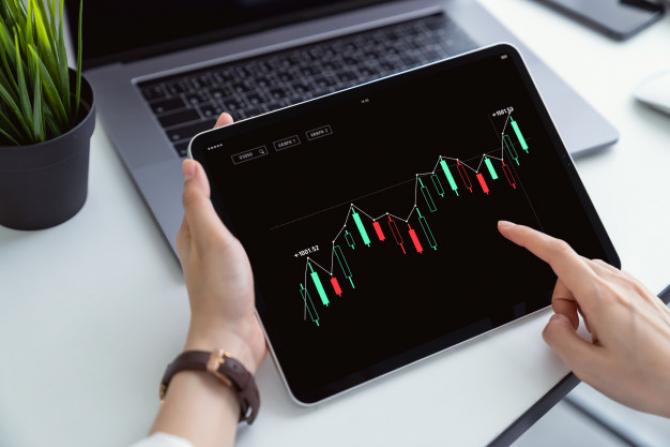 Bursa de la Bucureşti a închis ședința de astăzi în creștere