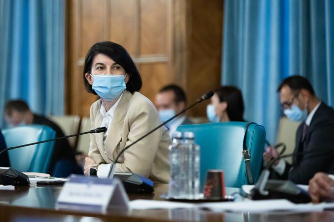 Ministrul a lăudat eforturile angajaților instituției pe care o conduce