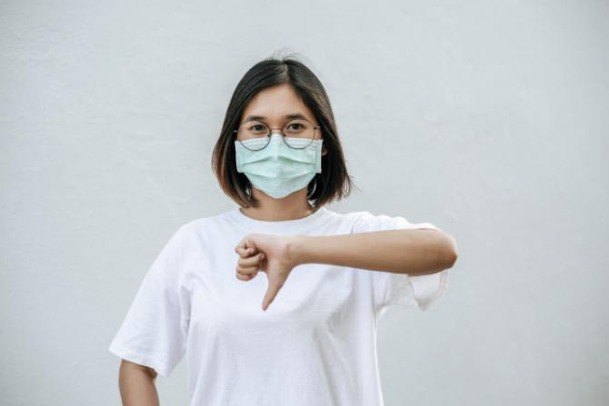 Cei care nu vor să poarte mască sunt o amenințare pentru ceilalți, din mai multe puncte de vedere