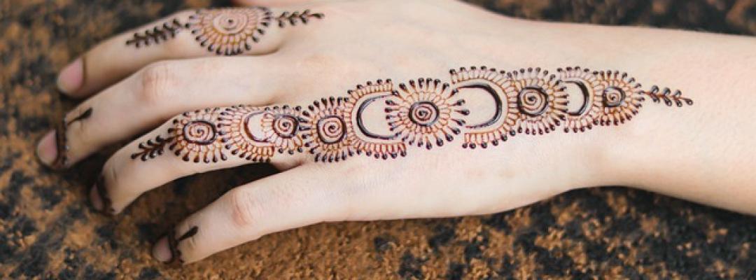 Tradiții indiene. Mehndi. Desene pe piele