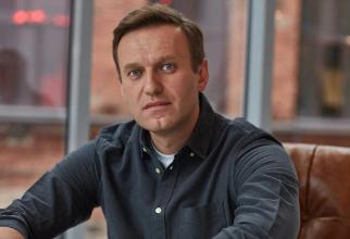 Navalnîi NU a fost otrăvit în aeroport. Experții au găsit o nouă IPOTEZĂ