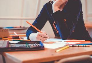 Coronavirus: Franța a închis peste 80 de școli