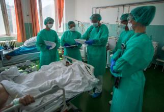 România a depășit pragul critic de 100 de mii de îmbolnăviri