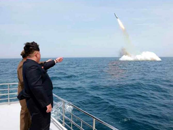 Coreea de Nord pregătește lansarea unei rachete balistice