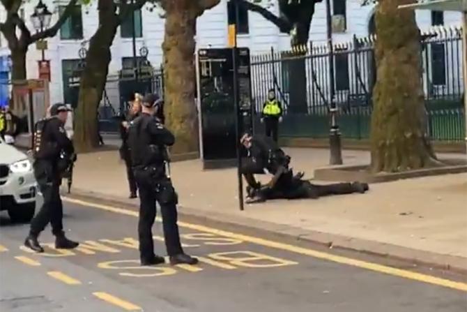 Mai multe persoane au fost înjunghiate în Birmingham