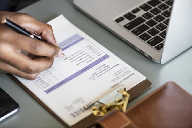 ANRE are SOLUȚIA pentru MICȘORAREA facturilor plătite de populație