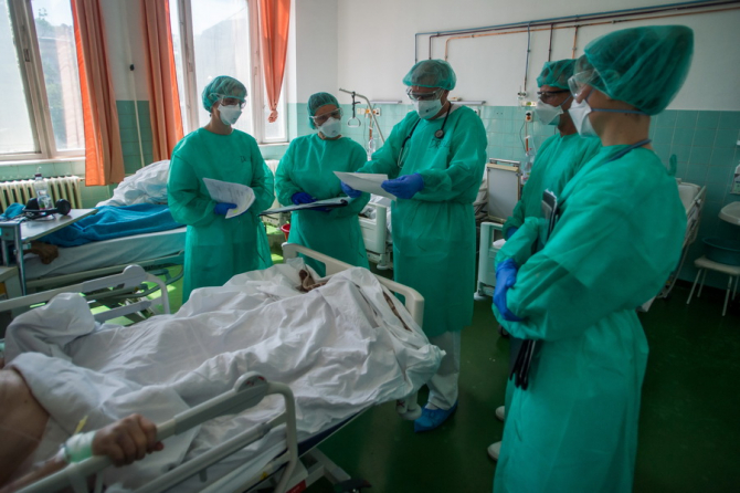 Unii dintre pacienți se aleg cu sechele grave și pe termen lung