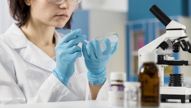 Sanofi produce vaccinul din surse proprii
