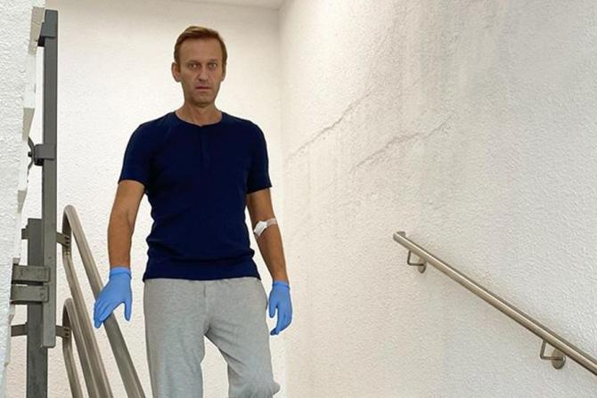 Aleksei Navalnîi a fost EXTERNAT! Totul despre starea sa