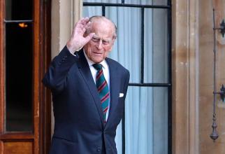 Confuzie URIAȘĂ! Vârsta prințul Philip o reală DILEMĂ