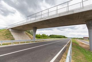 O grindă de pe autostrada Soarelui s-a degradat accentuat