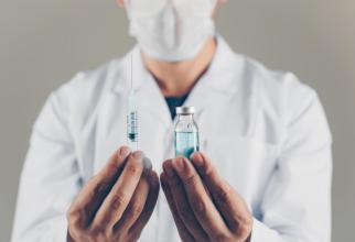 Există o țară care vinde deja vaccinuri anti-covid-19