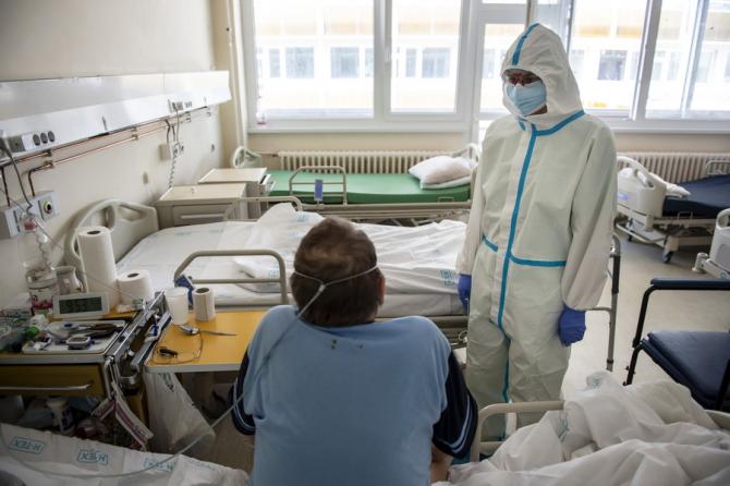 COVID-19: Laboratoarele din Germania au ajuns la limita capacităţii de testare