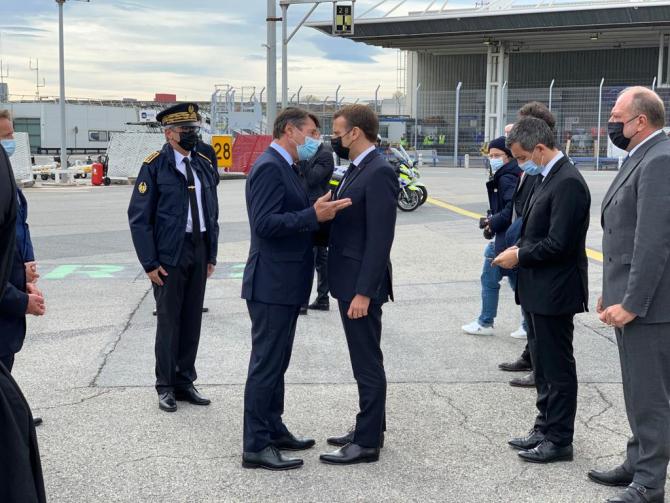 Christian Estrosi, primarul orasului Nisa, și Emmanuel Macron